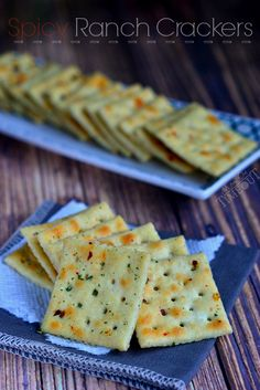 {Easy} Spicy Ranch Crackers are totally addicting and use only 4 ingredients! | MomOnTimeout.com