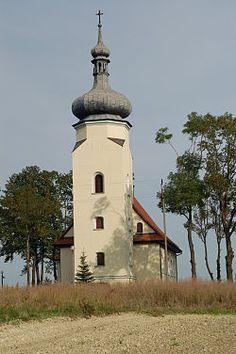 Lędziny. Kościół św. Klemensa. 4 km od naszego hotelu. Ledziny, Silesia. St Klemens' church. 4 km from our hotel.