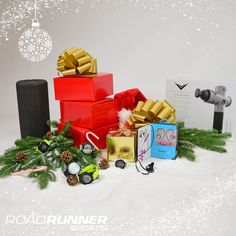 Want to really WOW your active loved ones? Get 'em the coolest high tech get-fit gifts for running, training & more! Running Accessories, Workout Accessories, Holiday Gift Guide, Holiday Gifts, Definition Of Work, Cambridge Advanced, Cambridge English, Gifts For Runners, English Dictionaries