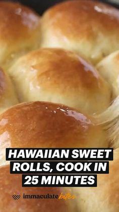 Bread Machine Recipes, Bread Recipes, Baking Recipes, Sweet Dinner Rolls, Hawaiian Sweet Rolls, Bread Rolls, Yummy Food, Tasty, Food To Make