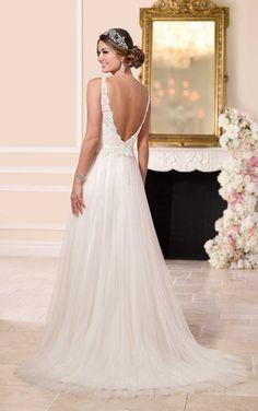 Low's AR Essence Style 6157 Designer Bridal Gowns by Stella York - Beach Wedding Dress