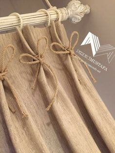 , to Our style # our # Küçükbirgörünt of to # I perdetas Curtain track or curtain rod? The most typical kinds of fa. Burlap Curtains, Window Curtains, Cortinas Country, Wooden Bookcase, Burlap Crafts, Curtain Designs, Kitchen Curtains, Window Coverings, Diy Home Decor