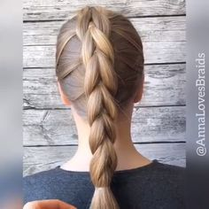 Penteados nice and neat nad clean The post appeared first on Geflochtene Frisuren. Easy Hairstyles For Long Hair, Girl Hairstyles, Easy Updo Thin Hair, Easy Wedding Hairstyles, Simple Braids, Plaits Hairstyles, Hair Simple, Braided Hairstyles Tutorials, Girl Hair Dos