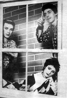 BA*Siouxsie and the Banshees.Spot THE DR.. YES U.K.Band I head bang too & Craig xxxx DR .WHO & BBC.TV.
