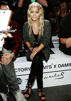 Usually an Ashley fan but Mary Kate looks very cute here.