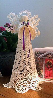 Designer's Potpourri – Serenity – Free Angel Pattern Diy Christmas Angel Ornaments, Crochet Christmas Garland, Crochet Ornaments, Christmas Crochet Patterns, Crochet Snowflakes, Christmas Angels, Christmas Christmas, Crochet Angel Pattern, Crochet Socks Pattern