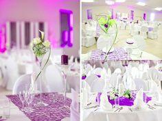 Hochzeit Tischdeko weiße Rosen Calla Blumen Weingläser