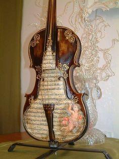 Cello Art, Violin Music, Guitar Art, Shabby Chic Crafts, Vintage Crafts, Music Crafts, Music Aesthetic, Belle Photo, Musical Instruments