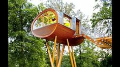 Pod/ tree/ stilts/ house. This is sick! Omw Awesome!!