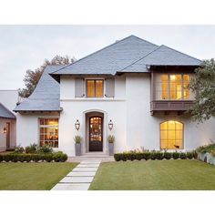 Love the simplicity & elegance of this exterior!   Designed by Ryan Street & Ass...   Iconosquare