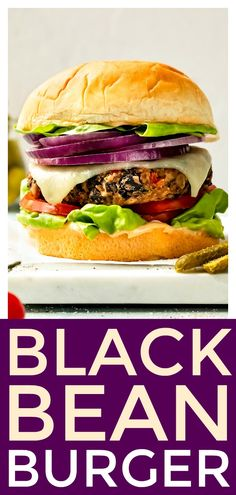 How to make the ultimate veggie burgers! This recipe is fool-proof and packed with flavor! It's burger recipe even a carnivore will love! Burger Recipes, Veggie Recipes, Whole Food Recipes, Meatless Recipes, World's Best Food, Good Food, Yummy Food, Veggie Burgers, Salmon Burgers