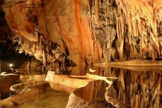 There are 26 amazing UNESCO World Heritage Sites in Slovakia, both Cultural and Natural ones! See UNESCO in Slovakia in pictures and map! Bratislava, Missouri Caves, Gervais, Heart Of Europe, Local Attractions, Toulouse, Natural Wonders, World Heritage Sites, Cool Places To Visit
