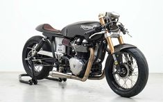 "The Salt Racer: ready to race! | Inazuma café racer. The Triumph Thruxton ""Salt Racer"" by Supacustom is now completed and ready to score new records at Lake Gairdner, in Australia."