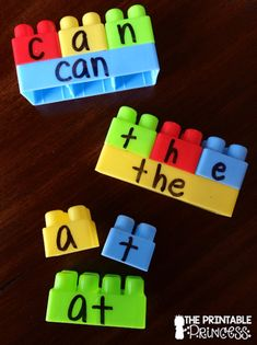 Legos can give so many teaching opportunities! Here's an activity for teaching sight words with Legos! Das Abc, Toddler Fun, Toddler Games, Toddler Boy Room Ideas, Toddler Daycare Rooms, Kids Daycare, Kids Fun, Spelling Activities, Sensory Activities