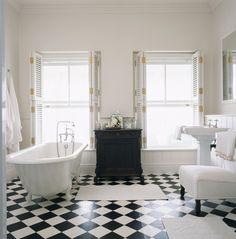 Wunderbar Boden Im Schachbrettmuster Fliesen Schwarz Weiß Weißer Bodenbelag, Weiße  Fliesen, Dusche Fliesen,