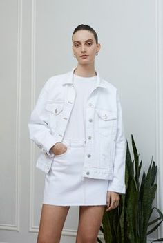 3x1 Resort 2019 Fashion Show Collection: See the complete 3x1 Resort 2019 collection. Look 3