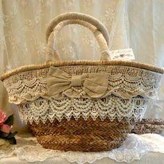 Resultado de imagen para borse di paglia decorate a mano