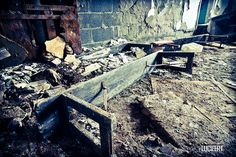Urbex Quebec - St-C Project - Bench by Lucifert, via Flickr