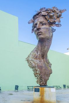Primavera, whose face is modeled on a number of different models, is a tribute to the strength of Cuban women.