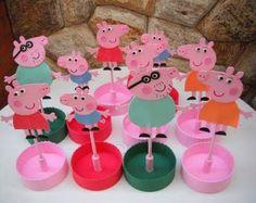 Peppa Pig Centerpiece for birthday ideas Cumple Peppa Pig, Pig Party, Origami, Centerpieces, Chula, Birthday Ideas, Party Ideas, Babies, Ornaments