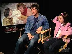 The Chronicles of Narnia - Interview with James McAvoy and Georgie Henley. James is very sweet with Georgie.