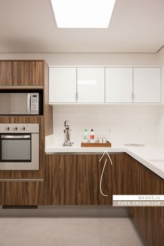 Decoração cozinha - bandeja (Projeto: Triplex Arquitetura)