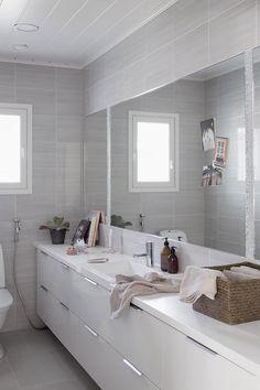 Muurametalot - Valkola - Asuntomessut Jyväskylä 2014 - wc Sweet Home, Mirror, Furniture, Bathrooms, Home Decor, Tile, Bathroom, Decoration Home, House Beautiful