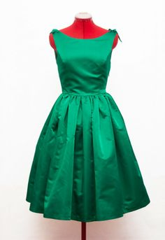 Cuqui Dress - Green satin tailormade 50s dress Vestido 50s a medida