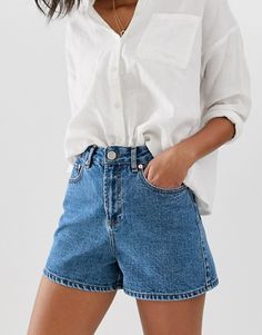 Buy ASOS DESIGN denim a line mom shorts in blue at ASOS. Get the latest trends with ASOS now. Jean Short Outfits, Trendy Outfits, Cool Outfits, Summer Outfits, Beautiful Outfits, Denim Shorts Outfit, Mom Jeans Shorts, High Waisted Shorts Outfit, Jean Shorts