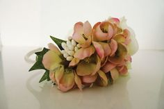 the romantic coif by doublekei on Etsy, €35.00