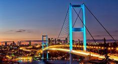 Billet et hotel pas cher pour Istanbul à découvrir toute l'année avec notre comparateur de voyage.