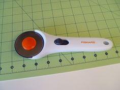 craft-tools-cutting-mat-closeup