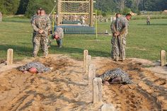 """Military personnel navigate obstacle course on Air Assault """"Zero ..."""