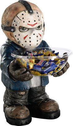Ce pot à bonbons Jason sera parfait pour compléter votre décoration de table le soir d'Halloween et ravira les fans du film Vendredi 13.