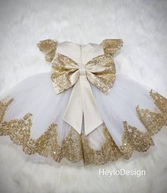 Girl gold sparkle lace party dress, girl cream luxury party dress, flower girl dress, birthday dre – Rebel Without Applause Gold Flower Girl Dresses, Gold Sparkle Dresses, Gold Lace Dresses, Toddler Flower Girl Dresses, Baby Girl Party Dresses, Baby Girl Dress Patterns, Girls Dress Shoes, Lace Party Dresses, Little Girl Dresses
