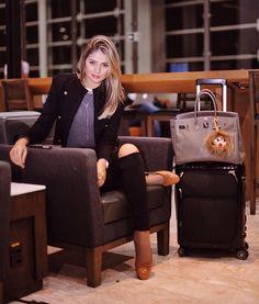 Airport life! ✈️   Ansiosa para contar da viagem de hoje... #pgbeautyexperience ✨ @pantenebrasil