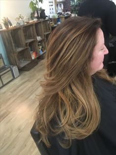 #balyage #subtlehighlights #hairlove #hairstylist #hairdressing