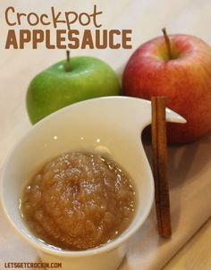 This is a delicious Crockpot Applesauce Recipe. We picked fresh apples from our apple tree & skinned them placed them in the slow cooker and BAM, applesauce.leave out sugar and sub water for apple juice Crock Pot Recipes, Apple Recipes, Fall Recipes, Slow Cooker Recipes, Cooking Recipes, Crockpot Ideas, Entree Recipes, Crock Pot Slow Cooker, Crock Pot Cooking