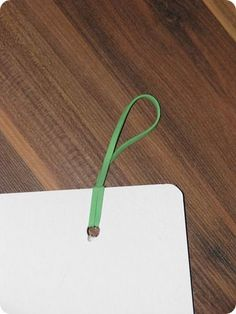 Rubber band on back of journal - punch a hole and them loop a large rubber band through the hole. As the notebook fills up with foldables or inserts, students can pull band around journal to keep it closed! LOVE the simplicity of this idea!