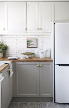 Small Kitchen Remodel Before and After — Amanda Katherine Before & After: Small Kitchen Renovation Reveal — Amanda Katherine New Kitchen Cabinets, Diy Kitchen, Kitchen Decor, Gray Cabinets, Kitchen Ideas, Kitchen Grey, White Appliances In Kitchen, Kitchen Wood, Kitchen Photos