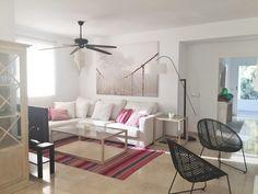 Colorido y apartamento en la playa #hogarhabitissimo #salon