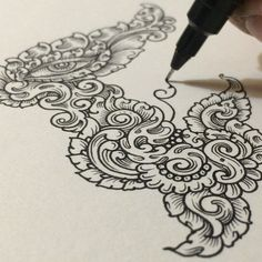 Visothkakvei Floods Sketchbook Pages with Impossibly Detailed Drawings