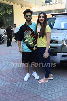 Sony Tv, Bollywood Celebrities, Celebrity Couples, Painting Art, Couple Goals, Art Projects, Celebs, Calligraphy, Change