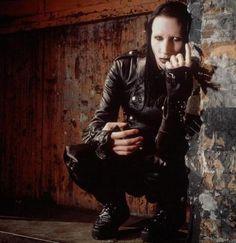 Antichrist Superstar imagery - The Marilyn Manson Wiki Andy Kaufman, Brian Warner, The Nobodies, Twiggy, Black Is Beautiful, Jon Snow, Superstar, Celebs, Celebrities