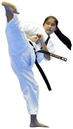 51 Awesome Ways to Practice Kata Kyokushin Karate, Shotokan Karate, Martial Arts Styles, Martial Arts Techniques, Martial Arts Women, Muay Thai, Jiu Jitsu, Karate Girl, Barefoot Girls