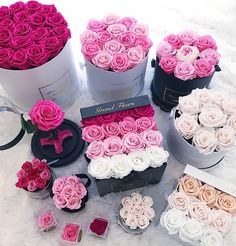 Real roses that last an entire year Pink obsession Tag someone that would love these. or tag to drop a hint below Flower Box Gift, Flower Boxes, Box Roses, Pink Roses, Bouquet Box, Luxury Flowers, Ideias Diy, Pretty Flowers, Cute Gifts