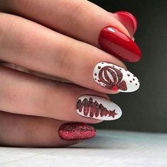 70 Pretty Festive and Winter Nail Art Designs - Page 41 - Fab Wedding Dress, Nail art designs, Hair colors , Cakes Red Christmas Nails, Xmas Nails, Holiday Nails, Winter Nail Art, Winter Nails, Summer Nails, Trendy Nails, Cute Nails, Christmas Nail Art Designs