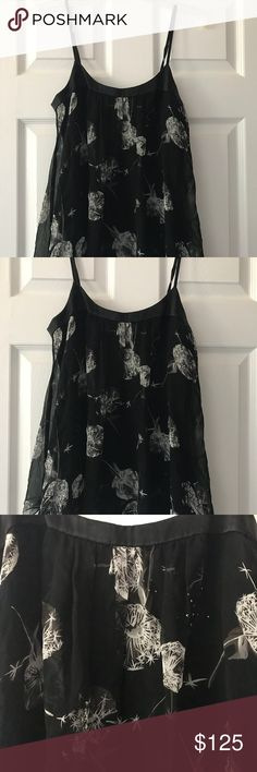 NWT Rebecca Taylor Black Floral Crystal Top Size 4 Hi! I am selling this Rebecca Taylor Black Floral Crystal Top Size 4. It is brand new with the tags attached! Very pretty and perfect for any event! Any questions, please let me know! Thanks! Rebecca Taylor Tops