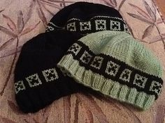 Creeper beanie knitting pattern on Raveley