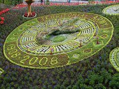 The Flower Clock  The floral clock in the Princes Street Gardens. Edinburgh, Scotland. Credit: William Finesy